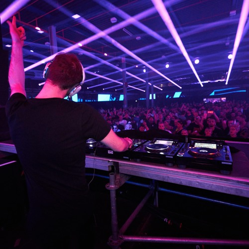 Luke Bond @ A State of Trance Festival 900