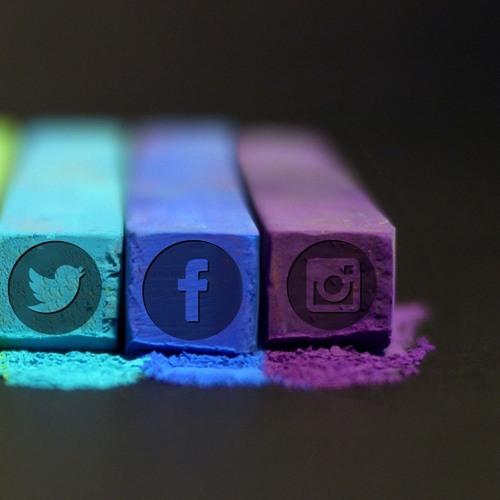 038: Social Media
