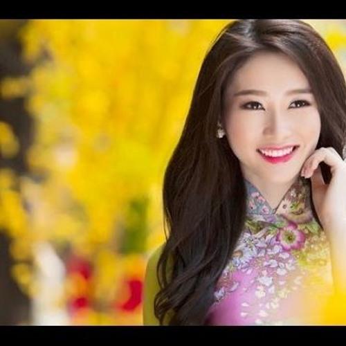 """March: V-POP """"Xuan Xuan Xuan"""""""