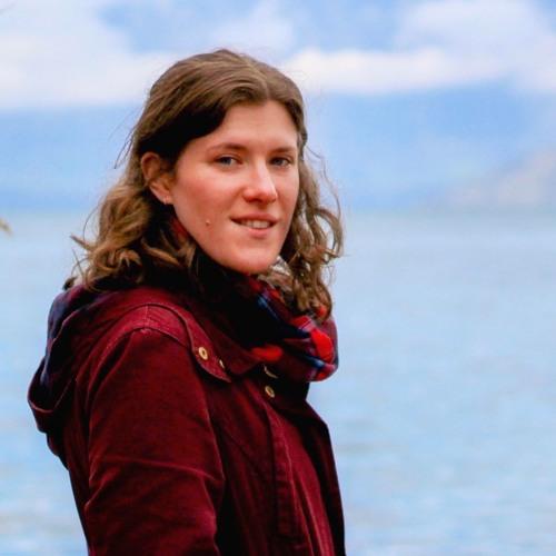 Suzy Whittle's #TravelBookShare leaves travel guidebooks in hostels -Graeme Kemlo