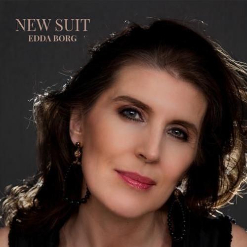 Edda Borg : New Suit