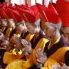 Dharani mantra de Avalokiteshvara - Monjas Druk Amithaba Montain
