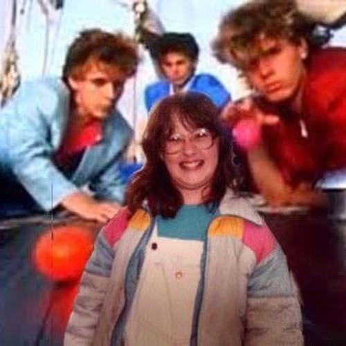 "Episode 005 - Interview w/ Lisa McColgan - ""All the poop in Malden"""