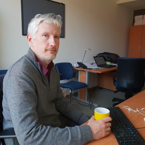 Zoltán Gábor Szűcs, ungarischer Wissenschaftler unter Druck