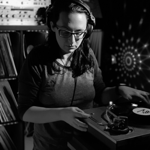 DC House Grooves Show Episode #045 with Andy Grant & Katrina Mir