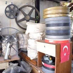 Imagining Adana (utdrag på 2'43 min)