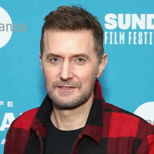 Interview: Actor Richard Armitage and actress Lia McHugh from The Lodge(3/20/19)