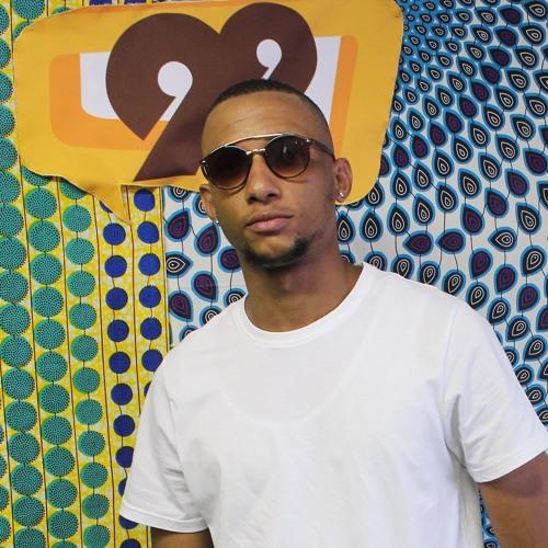 On-Air with Rnb Hop/hop artist, Desmond
