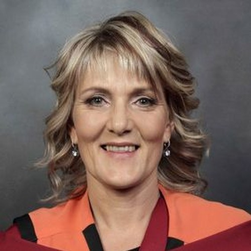Introducing Dr Charlene Downing, Editor-in-Chief of the Health SA Gesondheid