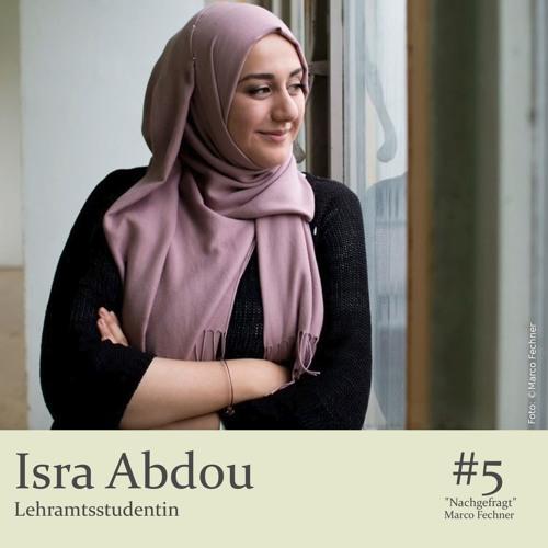 """""""Nachgefragt"""" bei Isra Abdou, Studentin"""