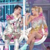 ME ! (feat. Brendon Urie Of Panic! At The Disco) (Live From The Billboard Music Awards ...