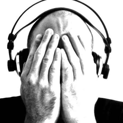 HEADPHONES - A day in the lifecycle