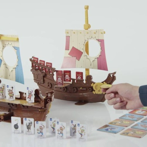 "VOIX OFF (EXPLICATIF): Mode d'emploi du jeu ""Stratego Pirates"""