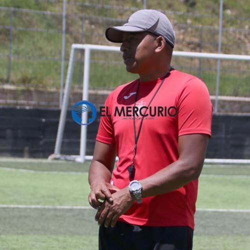 Jerson Estacio - D.T. #DCuenca se refiere al partido contra Liga de Quito.