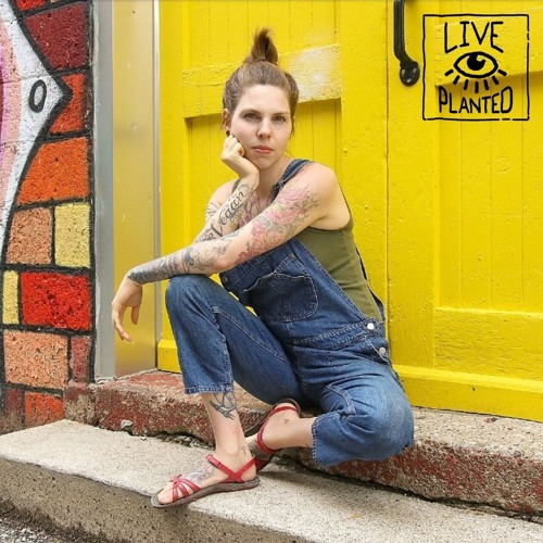 #155 Getting Dirty with Amber Allen of The Fairly Local Vegan