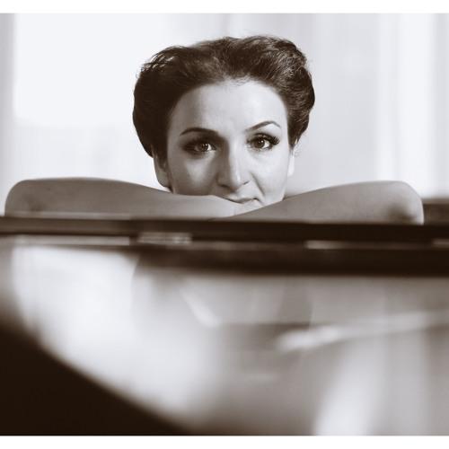 "Tatev AMIRYAN, ""Retro Non"" string quartet (2012), performed by Juventas New Music Ensemble"