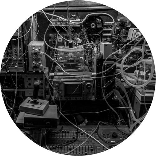 CE031 - Silicon Scally - Skoda Banger