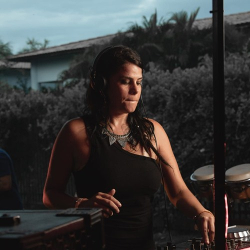 SARAH MUÑOZ from SÃO PAULO