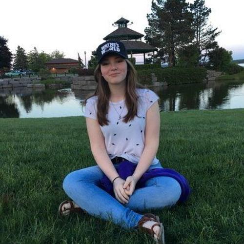 Madison Mueller @_maddiemueller_