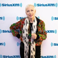 Annie Lennox couldn't perform at Band Aid because of nodules on her vocal chords Artwork