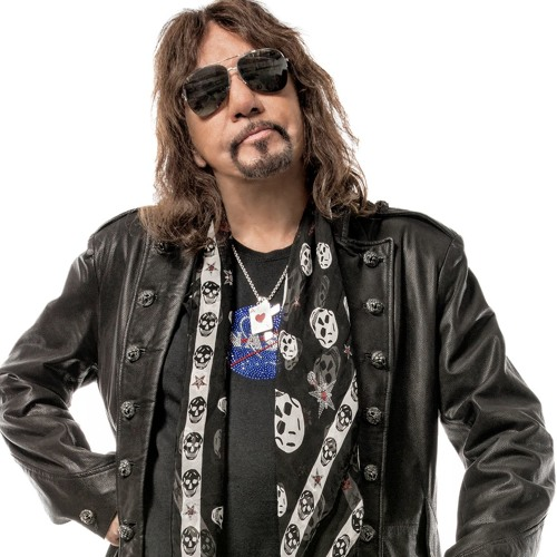 Cameron talks to Ace Frehley (formerly of KISS)
