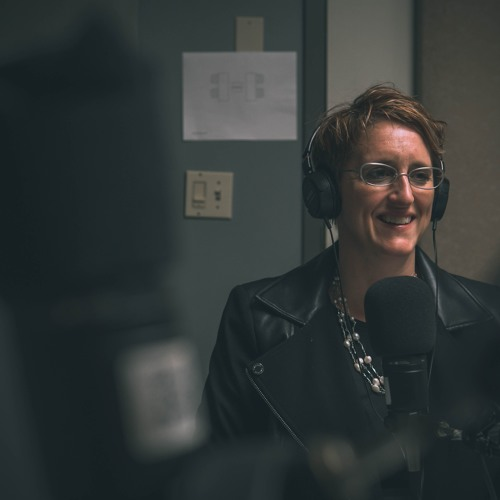 #30 Understanding power and privilege with Sue Robinson