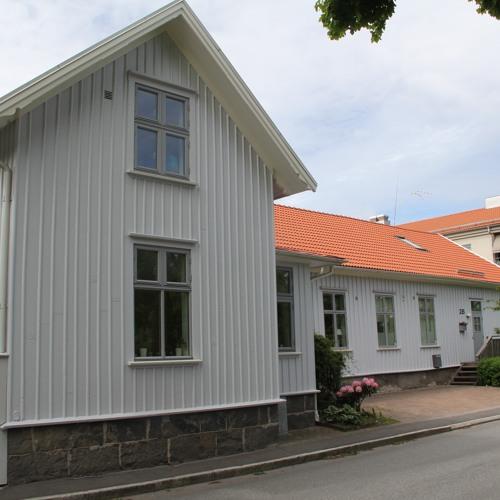 Jubileumssändning nr 18d. Stadsvandring med Simon Waern i 1800-talets Alingsås, del 4