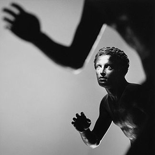 "Robert Davi reads ""Runners"" by Gabriele Tinti"