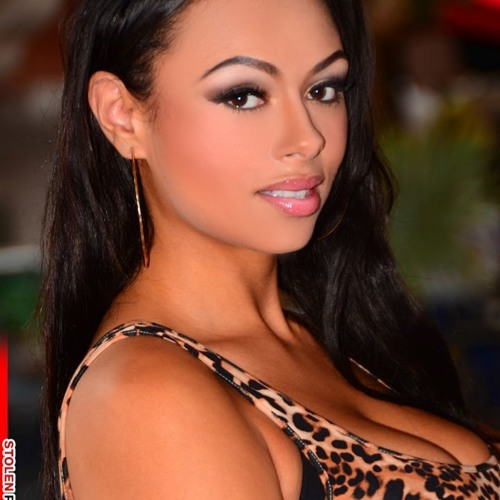 Quickie with...Bethany Benz