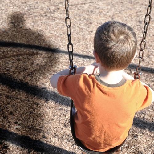 Crianças com um dos pais dependente (3)