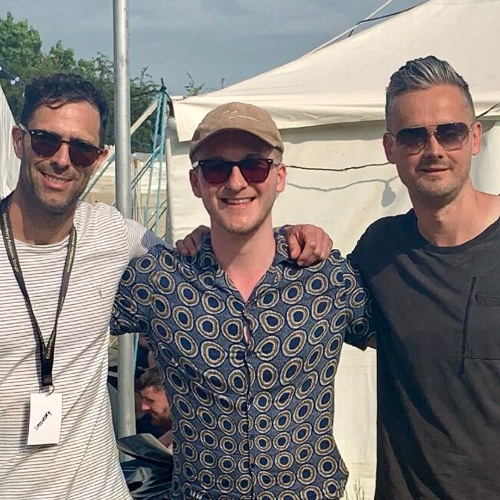 Rhys chats to Keane ahead of their performance at Glastonbury.