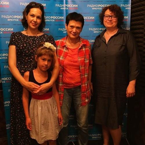 Эфир программы «Акценты» на «Радио России. Иркутск» с выпускниками #ШЭПР16 и Еленой Твороговой