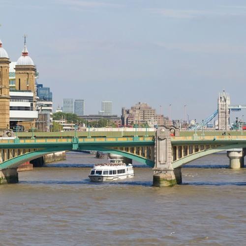 Southwark Looking East - Southwark Bridge