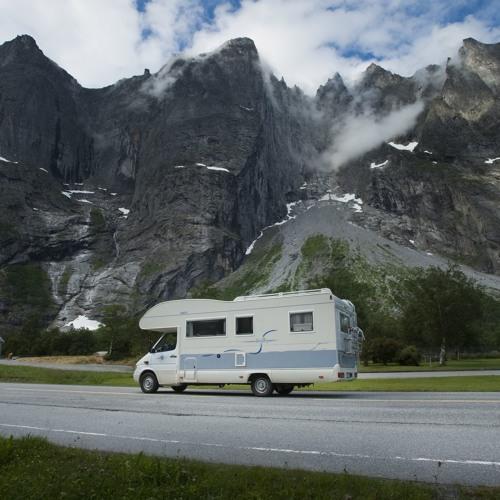 Met de camper en een dreumes naar Noorwegen | Opnaarnoorwegen.nl