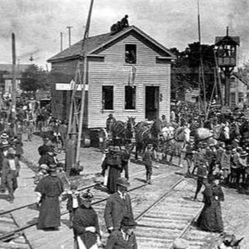 Historic Tug Of War: 10,000 Kids vs. House