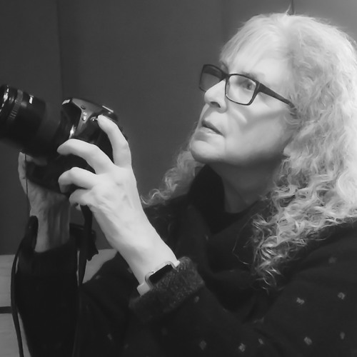 Featured Artist Show Featuring Photographer Linda Devenow