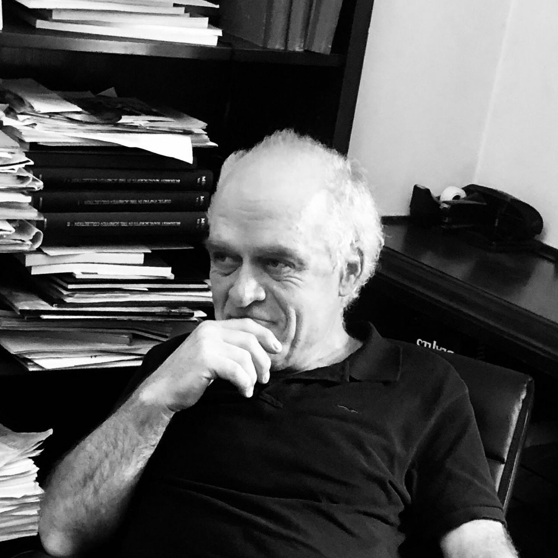28 - Trygve Åslund (nylig pensjonert forlagssjef for skjønnlitteratur i Aschehoug)