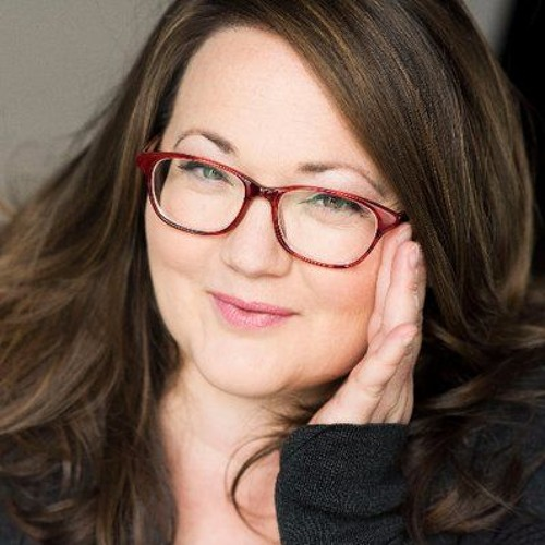 Chat all things fat with actor, writer, and Plus This! co-host Kathy Deitch