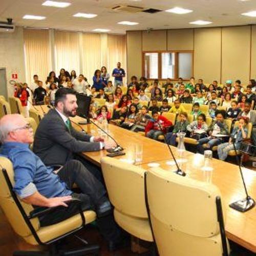 PRESIDENTE DA CMSP RECEBE CRIANÇAS E ADOLESCENTES DA ZONA SUL DE SÃO PAULO NO PAPO RETO