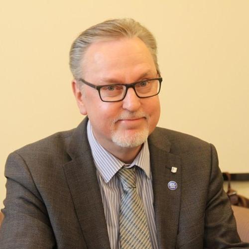 Kansanedustaja Antero Laukkanen. Köyhyys ja leipäjonot Suomessa.