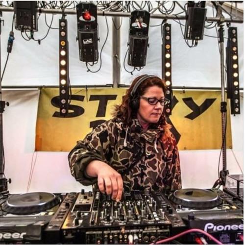 Anita & Method 1 back 2 back Techno 2019
