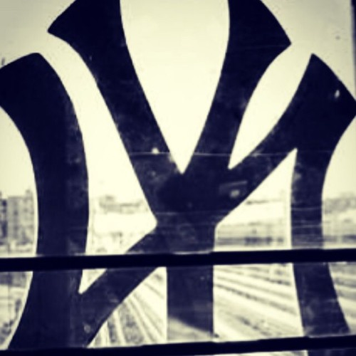 Land Of The Snakes Remix 4 The New York Yankees (Beat Remade By Andres Wilkerson)