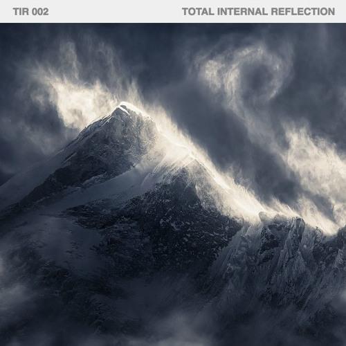 TIR 002 - Total Internal Reflection