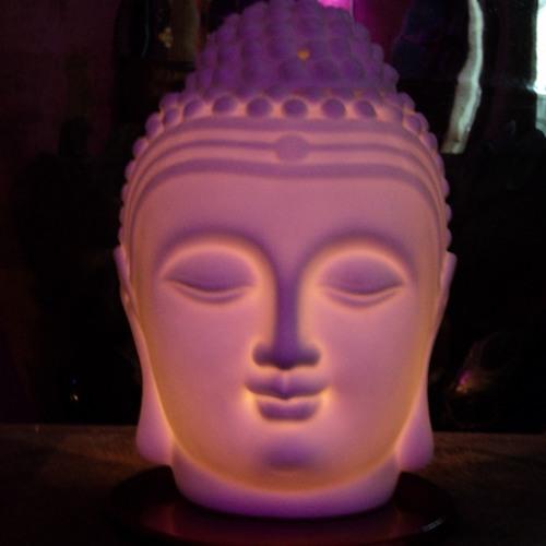 """Balanserande meditation med Universums ton """"OM""""."""