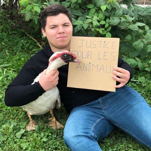 Logan Putzeyse , 18 ans , Futur vétérinaire et engagé a fond pour la cause animale