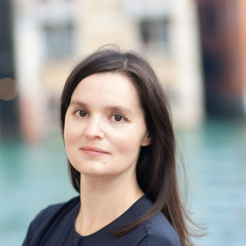 W. A. Mozart: Jeunehomme concerto - Tanja Huppert as soloist with Bamberg Symphonics