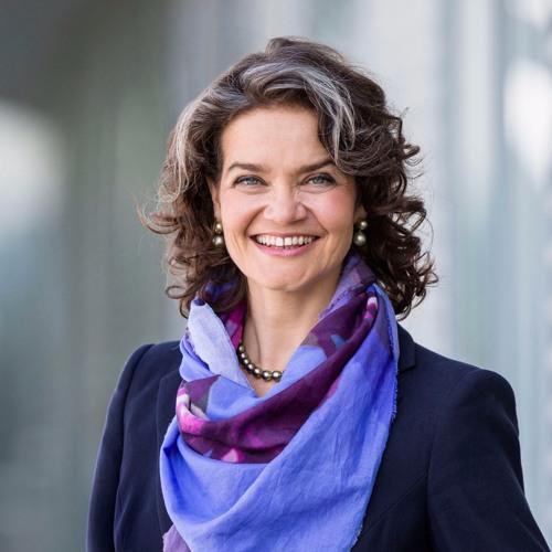 Folge 73: Claudia Nemat, wie wird die Telekom zum Technologie-Unternehmen?