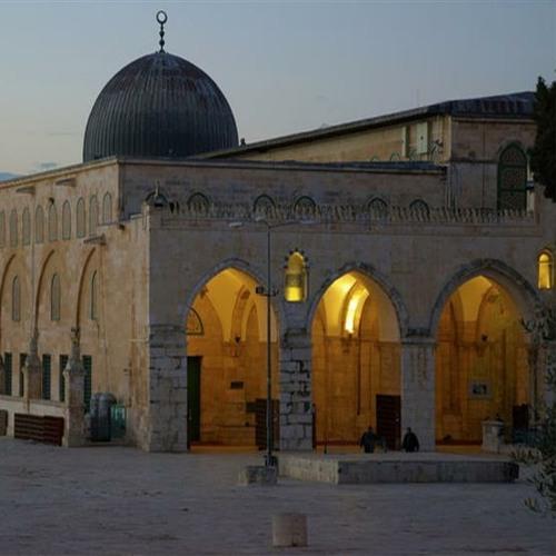 عروس هي القدس