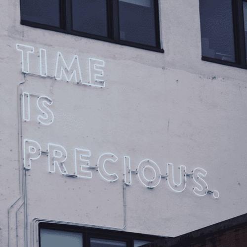 """Episode 01 : Les 3 raisons qui font du """"temps"""", l'enjeu du XXIème siècle"""