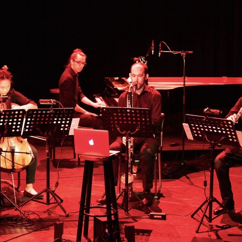 'Einmal Ist Einmal' by Jacques Zafra, performed by Catchpenny Ensemble